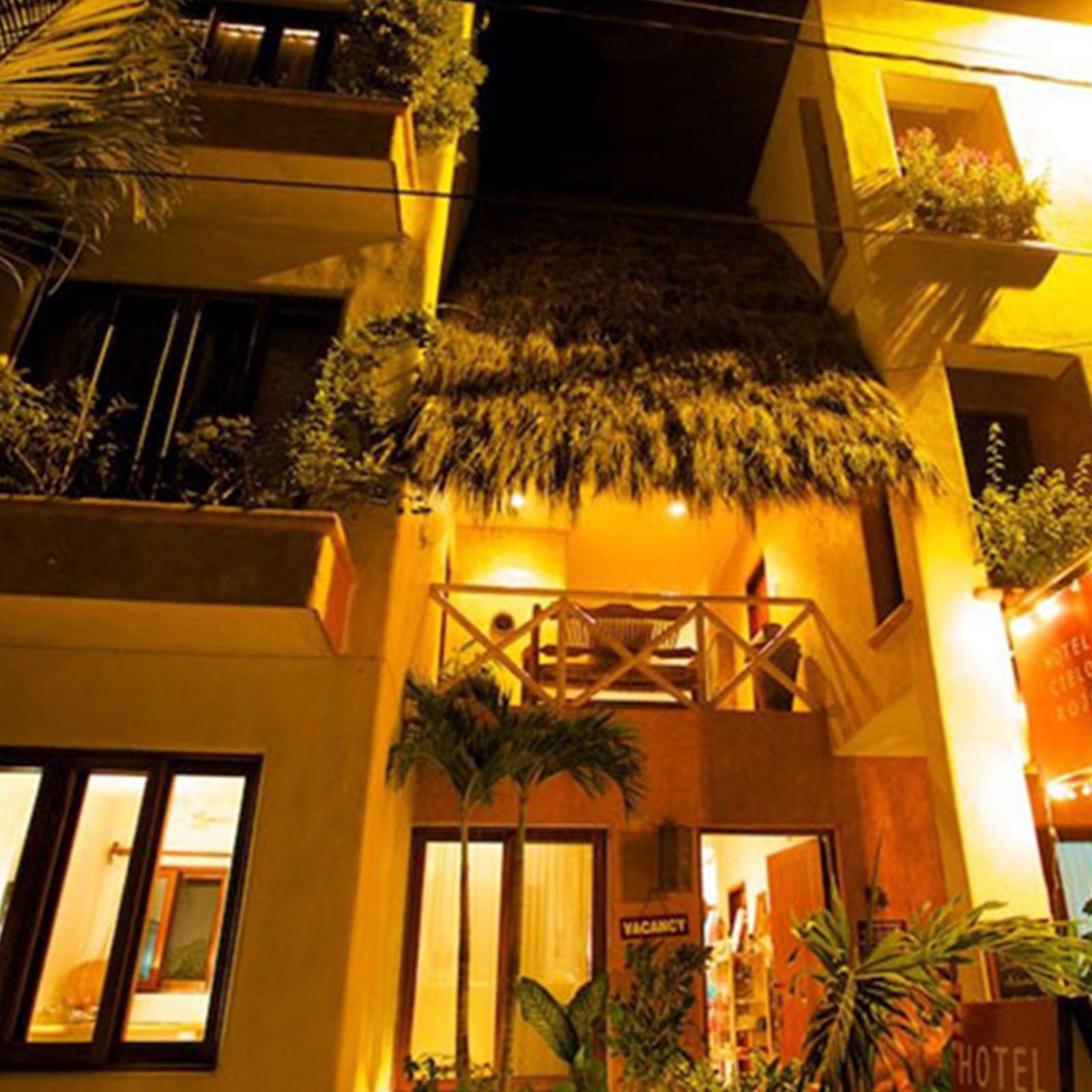 Hotel-Cielo-Rojo-San-Pancho.jpg
